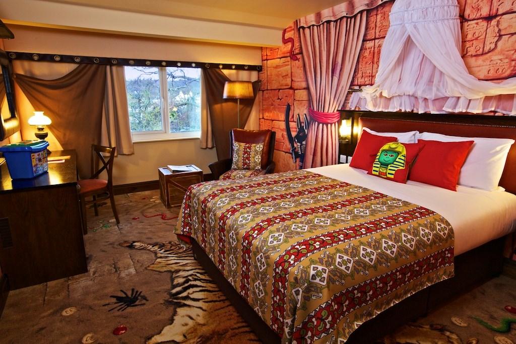 LEGO® Friends Hotel Rooms   LEGOLAND® Windsor Resort Hotel