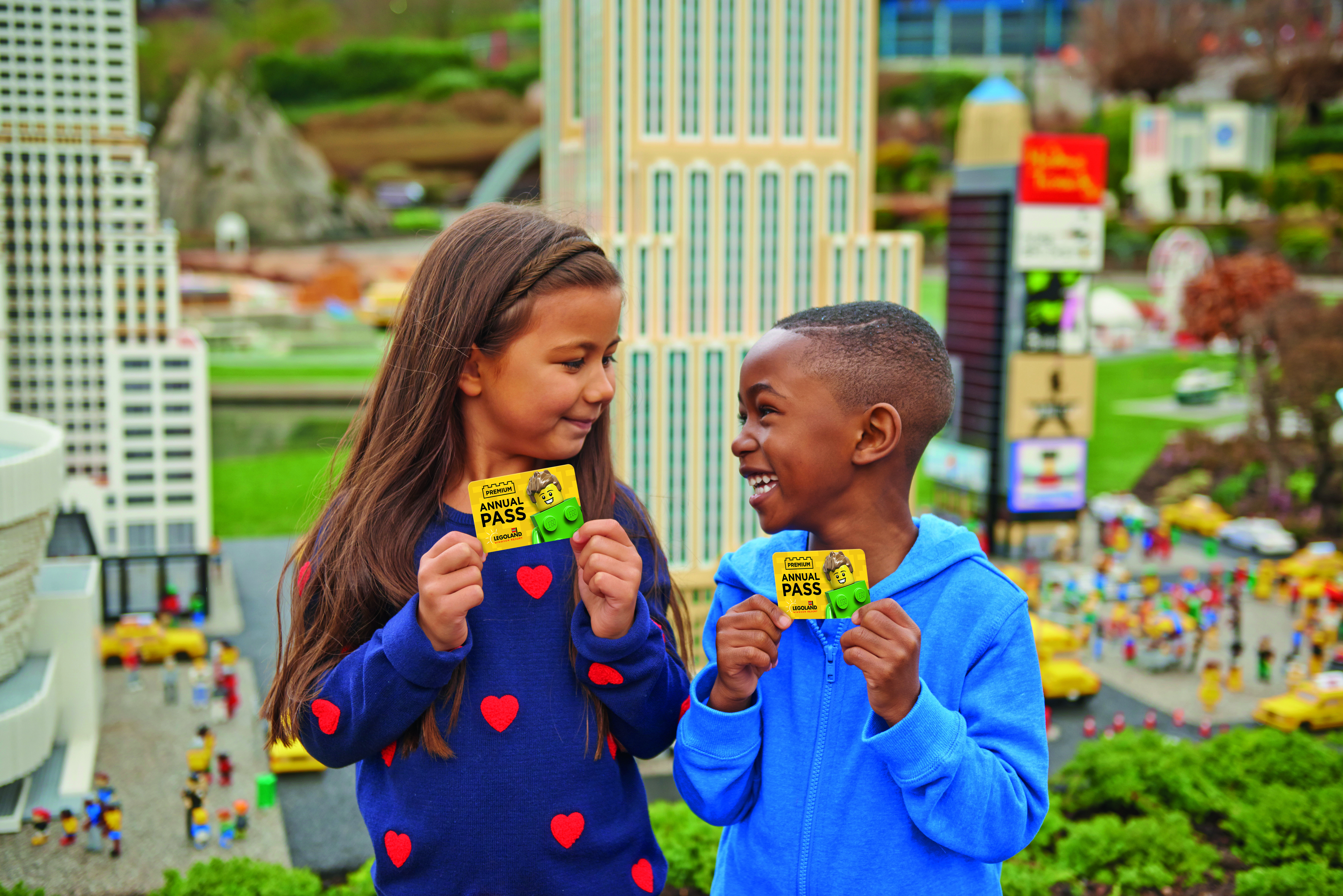 Premium Card Photo Kids In Miniland