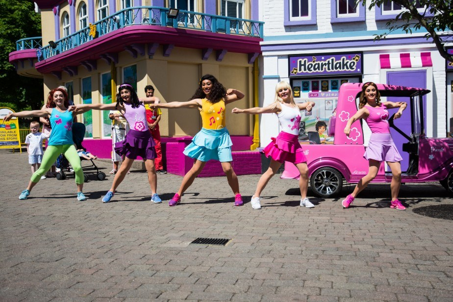 Dance with the LEGO® Friends