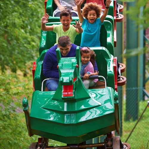The Dragon: Roller-coaster ride at the LEGOLAND® Windsor ...